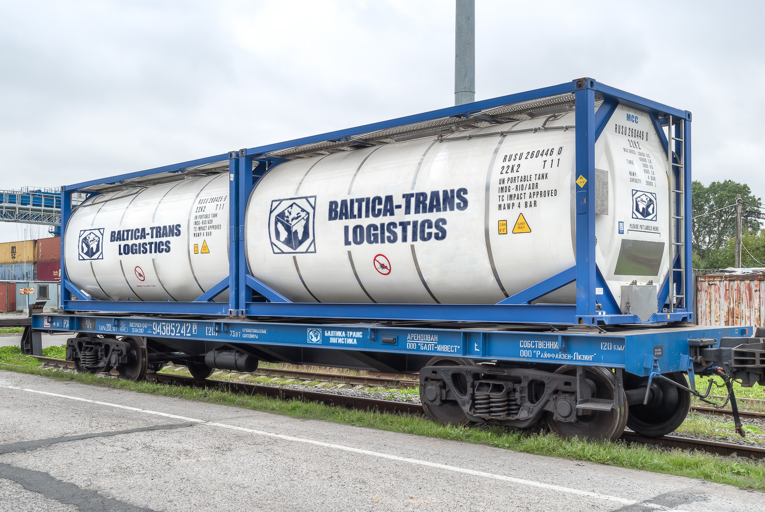 Transportation in tank containers